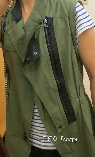 軍綠背心 / Utility Vest with leather detail