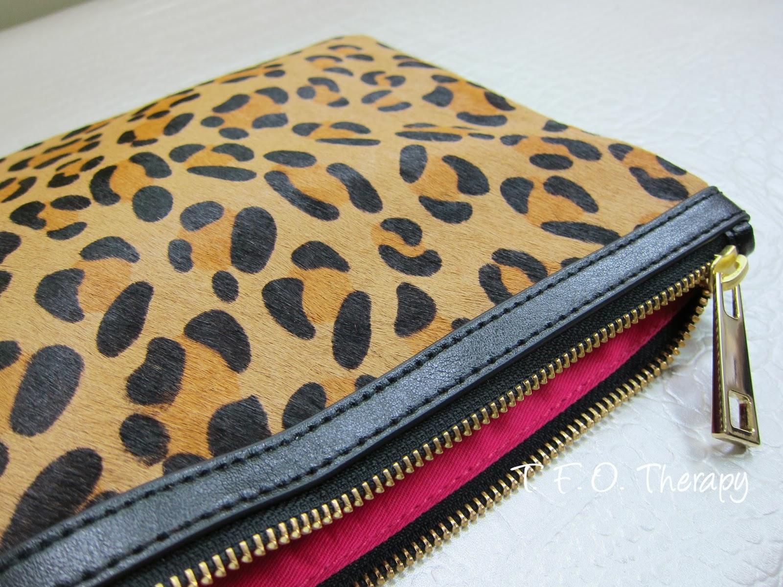 豹紋手拿包 / Leopard Print Haircuff Clutch