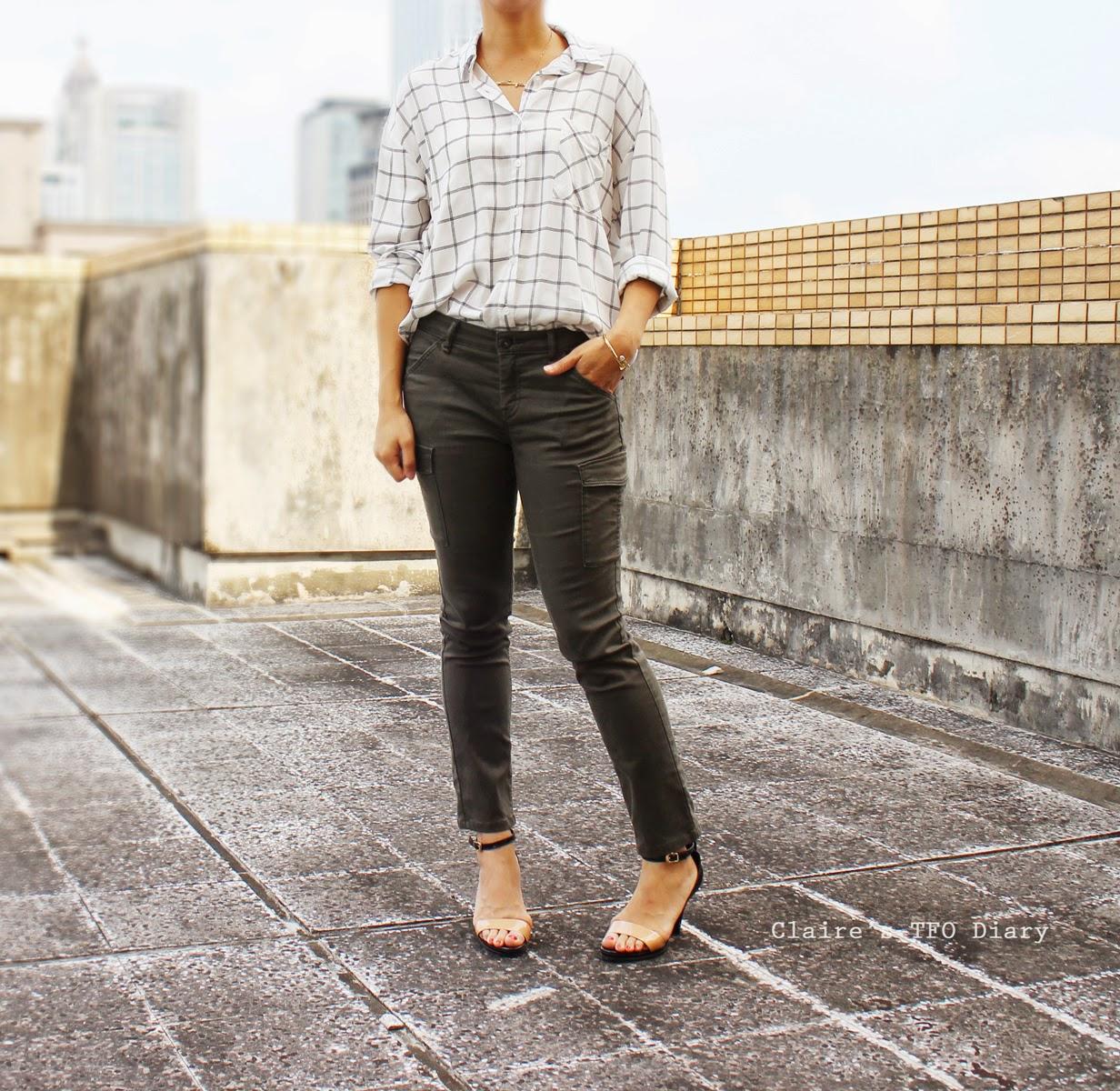 格紋襯衫 / White Check Shirt